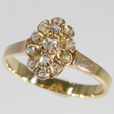 Victorian ring with rose cuts diamonds - anno 1880