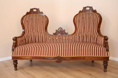 A walnut wood Louis Philipp (Historicism) chaise lounge - ca. 1860