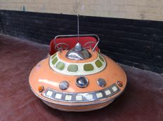 Autopède fairground item, flying saucer or UFO from the year 1956