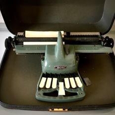 Blista Blindenstudienanstalt - Braille typewriter