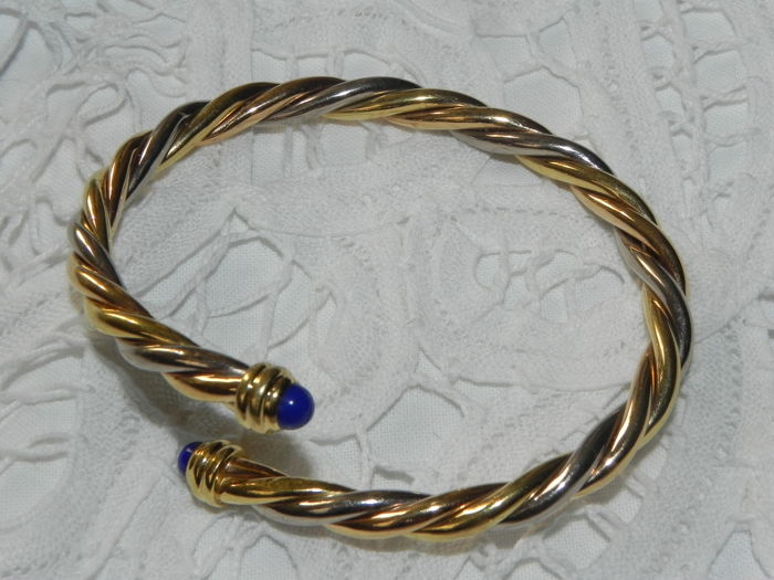 Cartier - tri-tone gold and lapis lazuli bypass bangle 18 kt - gold 24.60 g - diameter: approx. mi. 64 mm