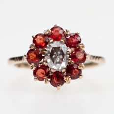 Diamond, padparadscha Sapphire, Ring  Late Victorian (1885-1900).