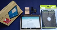 Samsung Galaxy Tab4 SM-T530 10.1 inch tablet in box with original charger and unused cover