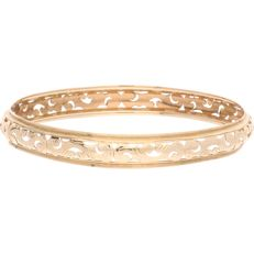 14 kt – Elegant yellow gold cutaway bangle bracelet – Diameter: 6.7 cm