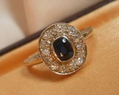 Antique Diamond 0,5 ct and genuine 0,4 ct  sapphire  ring, total 0.9 ct