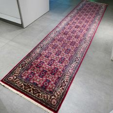 Fantastic Ghom Persian runner - 355 x 82 - super quality and look - very good condition
