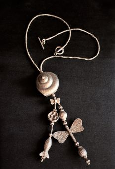 Karen 925 Silver Necklace with Typical Hill Tribes Design - Shells , Fish , Butterfly - cm 47 - Condition Excellent