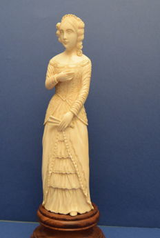 Hand carved ivory figure of a lady with a fan - signed - ca. 1900