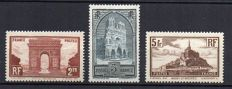 France 1929-1931 – Monuments and sites  – Yvert no. 258, 259 Type II and 260.