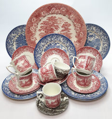 Pink, blue and brown English Ironstone tableware - 22 pieces