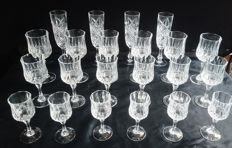24 Piece crystal d'arques longchamp