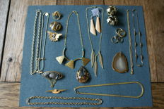 Varied lot jewellery of more than 200 pieces