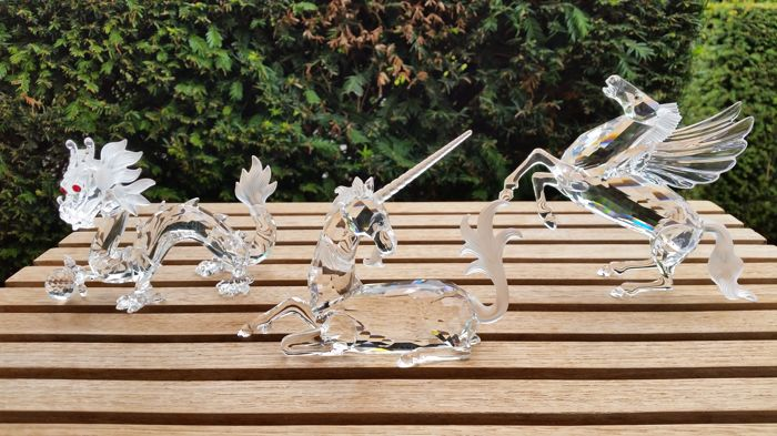 Swarovski - annual edition unicorn - annual edition dragon - annual edition pegasus