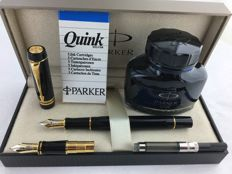 Parker Duofold International fountain pen 75 year Edition. + extra pen nib.  In mint condition.