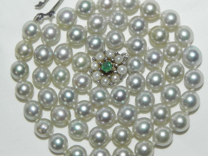 Pearl necklace gold necklace necklace pearl pearls emerald pearl necklace gold Akoya pearls approx. 6.7 - 7 mm in diameter   18 kt 750 gold