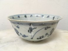 Porcelain B/W Bowl - China - Ming dynasty 16th Century.