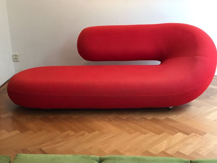 Geoffrey harcourt for artifort chaise longue cleopatra for Chaise cleopatra