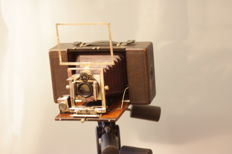 Wooden, red bellow 4X5 ( 9X12) roll film \ cut film holder camera, Bausch & Lomb shutter, Goerz SE III 150mm 4.5 DR.P Germany