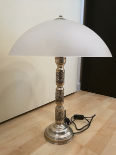 Silver tabletop lamp with satin glass, made in Italy, 1990s