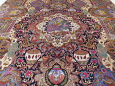 Wonderfully beautiful Persian carpet Kashmar / Iran 395 x 295 cm gold colours semi antique approx. 1970 top condition, royal palace carpet