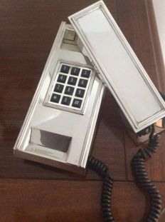 Exclusive vintage phone plated with 800/1000 silver