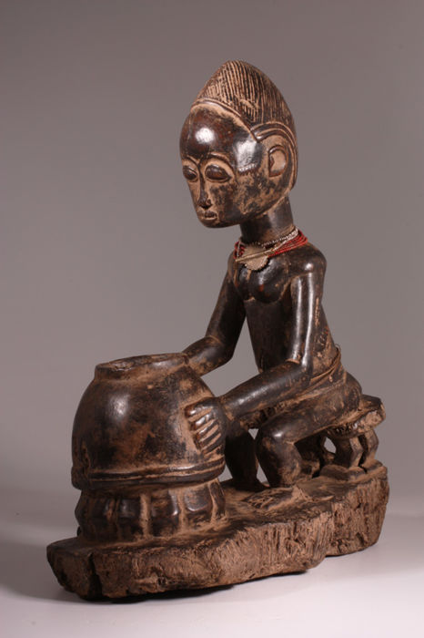 Medicine Man with his Mice Oracle - BAULE - Ivory Coast
