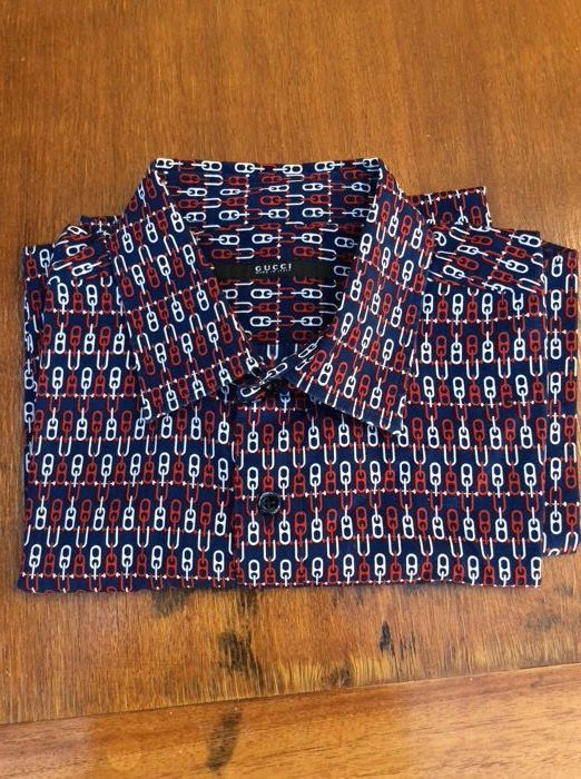 Designer: GUCCI Shirts Men Fashion style) Size GG41/16 (50/52 L/XL ( No reserve price)