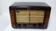 Tube Radio Philips BX490A - manufacturing year 1949