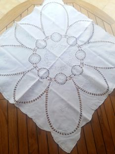 Pure cotton tablecloth with embroidery and crochet inlays Handmade - Italy