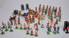 Britains, England - Height 6-10 cm - Lot with 148 metal figures, incl. Queen Elizabeth, 20th century