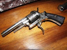 Belgian manufacturing pin fire revolver from 1864 calibre 7 mm