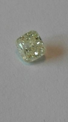 Beautiful diamond of 1.04 ct colour J purity VS2