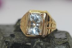 18 kt gold men's ring set with aquamarine, 5 ct - size 59 ***No reserve***