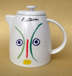 Pablo Picasso (after) - Teapot - L'Amoureuse 1961 - For Tognana Porcelain