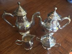 Coffee- and tea set silver plated