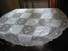 Antique round tablecloth with filet decoration and inlays - entirely handmade