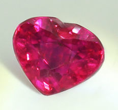Ruby  - 4.11 ct.