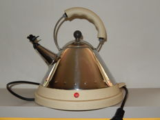 Michael Graves for Alessi - electric kettle with bird
