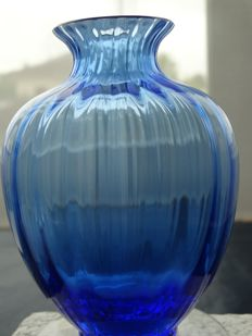 Baccarat- vase acquarelle-light blue