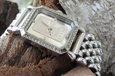Credit Suisse - 999.9gr Platinum Ingot -Ladies Watch Modern >2000