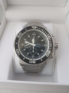 seiko chronograph scuba diver 200 7T92 - 0JG0 Near New condition, box and document