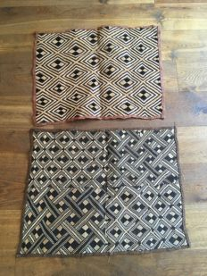 Lot with two traditional trade textiles - SHOOWA - D.R Congo