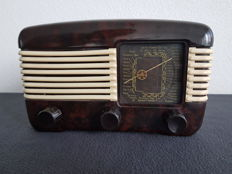 "Vintage Tesla 306 ""Talisman"" tube radio from around 1951"