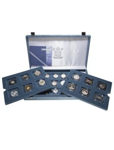 World - Collection of various coins 'Millennium Collection 2000' (24 pieces) in set