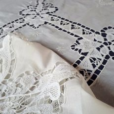 Elegant tablecloth with hand embroidery
