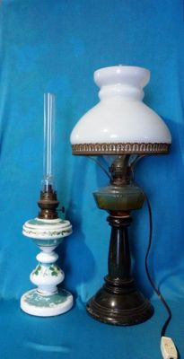 Opaline oil lamp + oil lamp (electrified) - 19th century - Italy