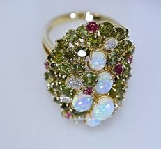 Ring with 18.35 ct of opals, tourmalines, rubies and diamonds