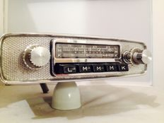 Blaupunkt Stuttgart V classic car radio from 1964/1965 for Porsche 911/912 and 356.