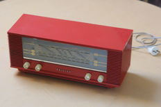 Philips B3X40u small Plano Tube Radio
