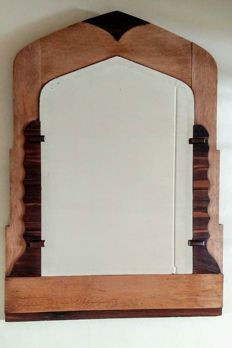 Large Amsterdam School mirror in oak frame richly decorated with coromandel